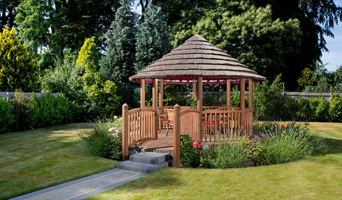 Henry Redwood Gazebo